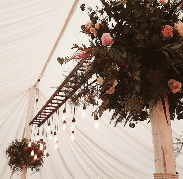 Traditional marquee ladder light - dp marquees ltd
