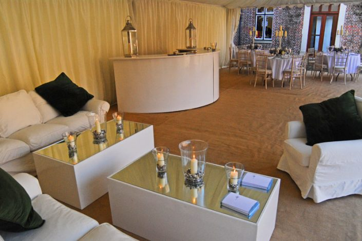 green & white themed interior 002 - dp marquees