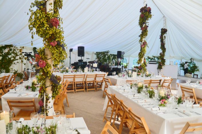 weddings 007 - dp marquees